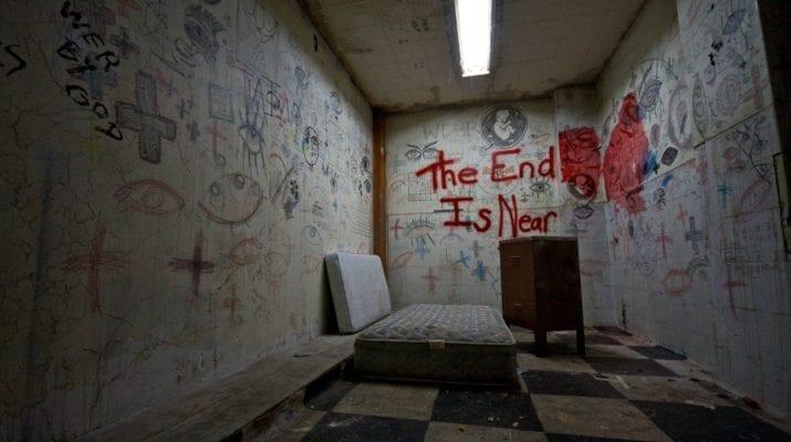 Room Escape Abandoned